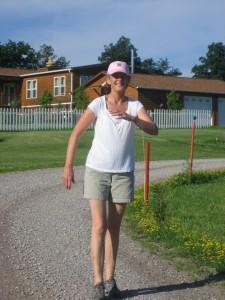 My neighbor, Diane Denbaum, goes for a brisk walk 3 times a day, regularly.